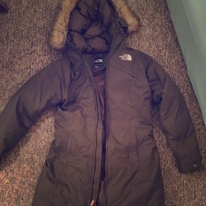 Olive green north face puffer